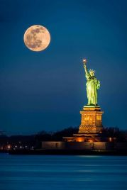 statue of liberty (Pinterest)